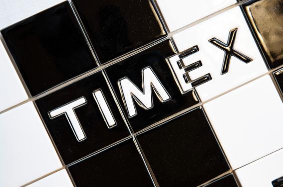 「TILE」と「TIMEX」。 「ハンドメイド」と「大量生産」。その交わり。