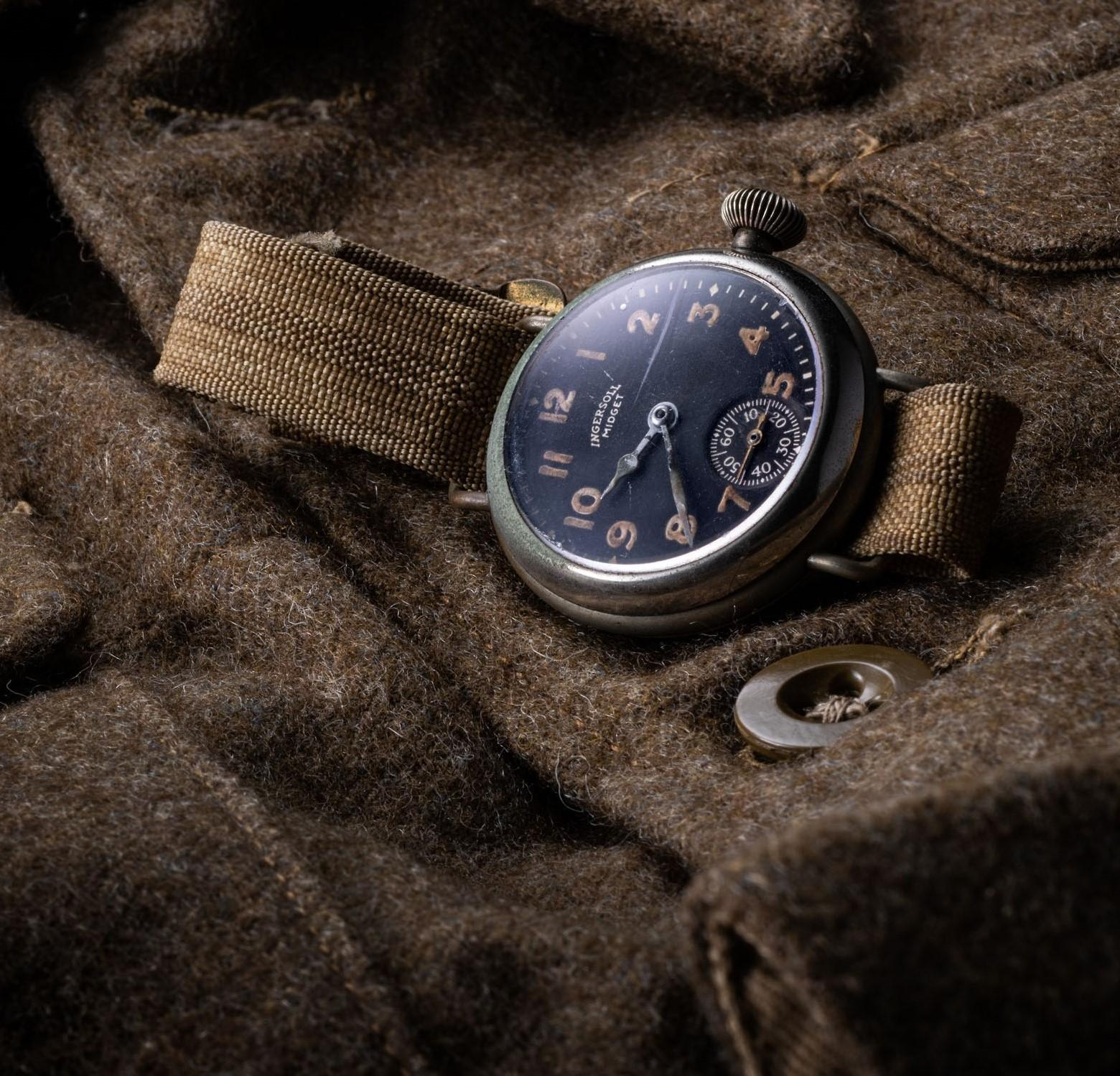 タイメックス・クロニクル - タイメックスと時が紡いだアメリカ物語 / 腕時計の普及に貢献した 20世紀初頭の軍用腕時計